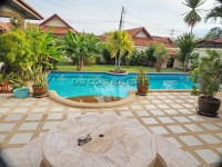 Pool View Villa 965621