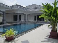 3 Bedroom Pool Villa houses Продажа в  Южный Джомтьен