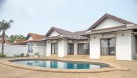 Oasis Park houses Для продажи и для аренды в  Восточная Паттайя