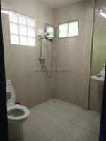 Private House Mabprachan Lake 793011