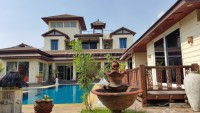 Private House at Soi Siam Country Club houses Аренда в  Восточная Паттайя