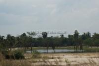 Private Lake  92642