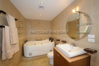 Royal Park Apartment 951011