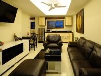 Royal Park Apartment 951016