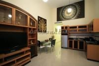 Royal Park Apartment 951023