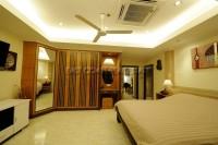 Royal Park Apartment 95104