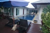 Sea Breeze Villas houses Для продажи и для аренды в  Восточная Паттайя
