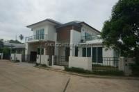 Seabreeze Villa 832213
