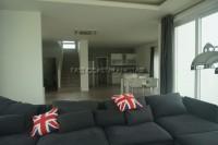 Seabreeze Villa 832220
