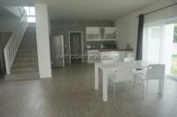 Seabreeze Villa 832221