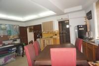 Shop House 817420