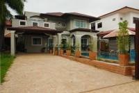 Soi Satit School  houses Аренда в  Восточная Паттайя