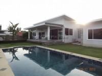 Soi Siam Country Club houses Аренда в  Восточная Паттайя