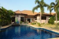 Takien Tia houses Продажа в  Восточная Паттайя