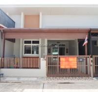 The Grand Pattaya houses Продажа в  Восточная Паттайя