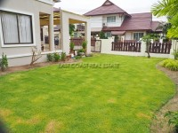 Tropical Village 98784