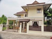 Tropical Village 98786