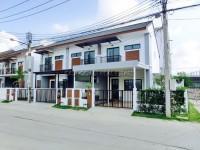 Uraiwan Park Ville houses Аренда в  Восточная Паттайя