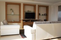 Westbury Apartments 535710